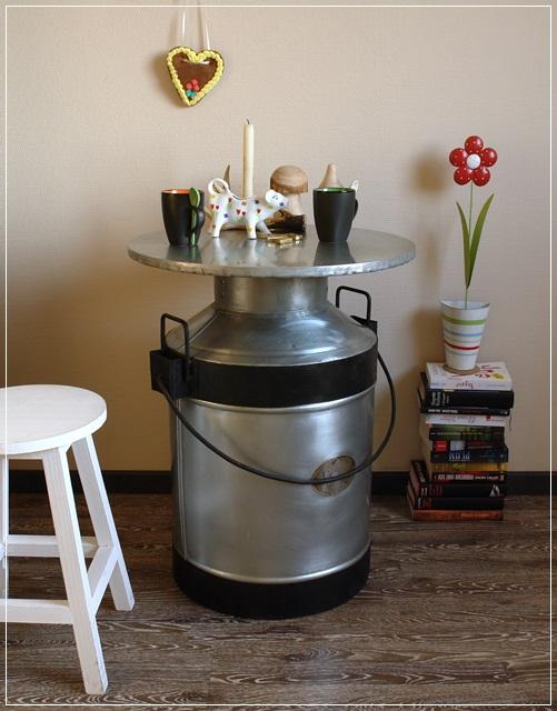 Bistro tisch metall milchkanne mit henkel beistelltisch kuh im alpen stil neu 4250489903354 ebay - Alpen dekoration ...